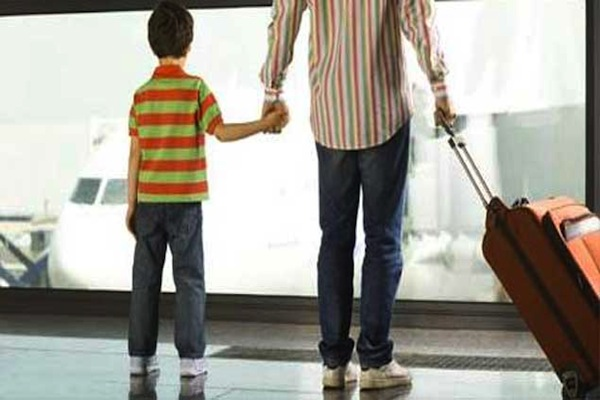 Cuales menores de edad necesitan permisos legales para salir de Rep. Dominicana?